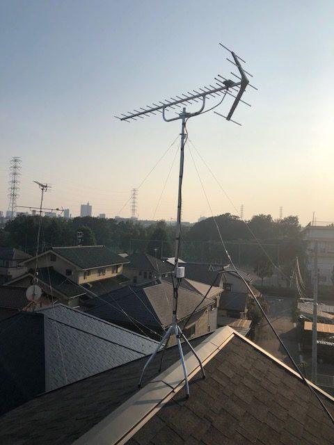 UHFアンテナ+ブースター屋根馬設置工事